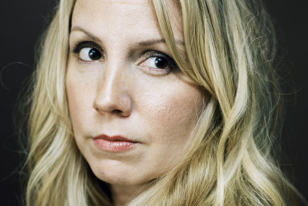 Mary Bragg Plays by Her Own Golden Rules on  Fixed  (interview + premiere)