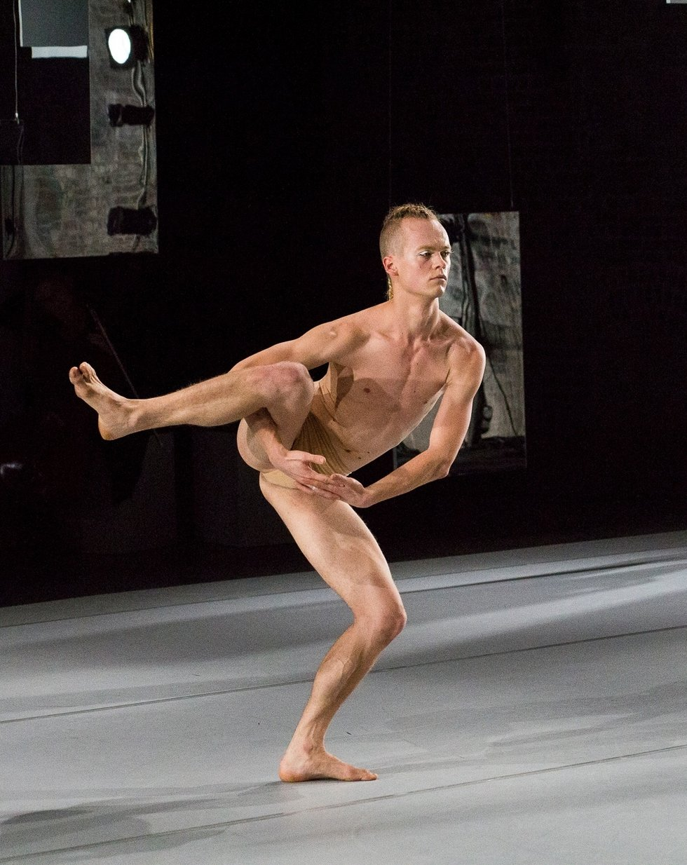 dancer-naked-guy