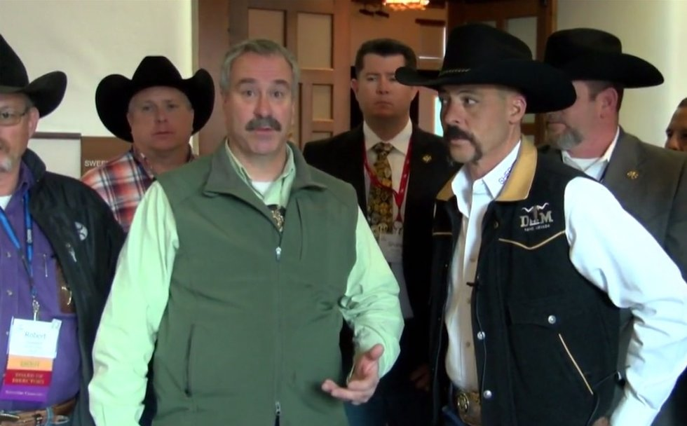 Sheriffs barred from state legislature session because they were carrying guns