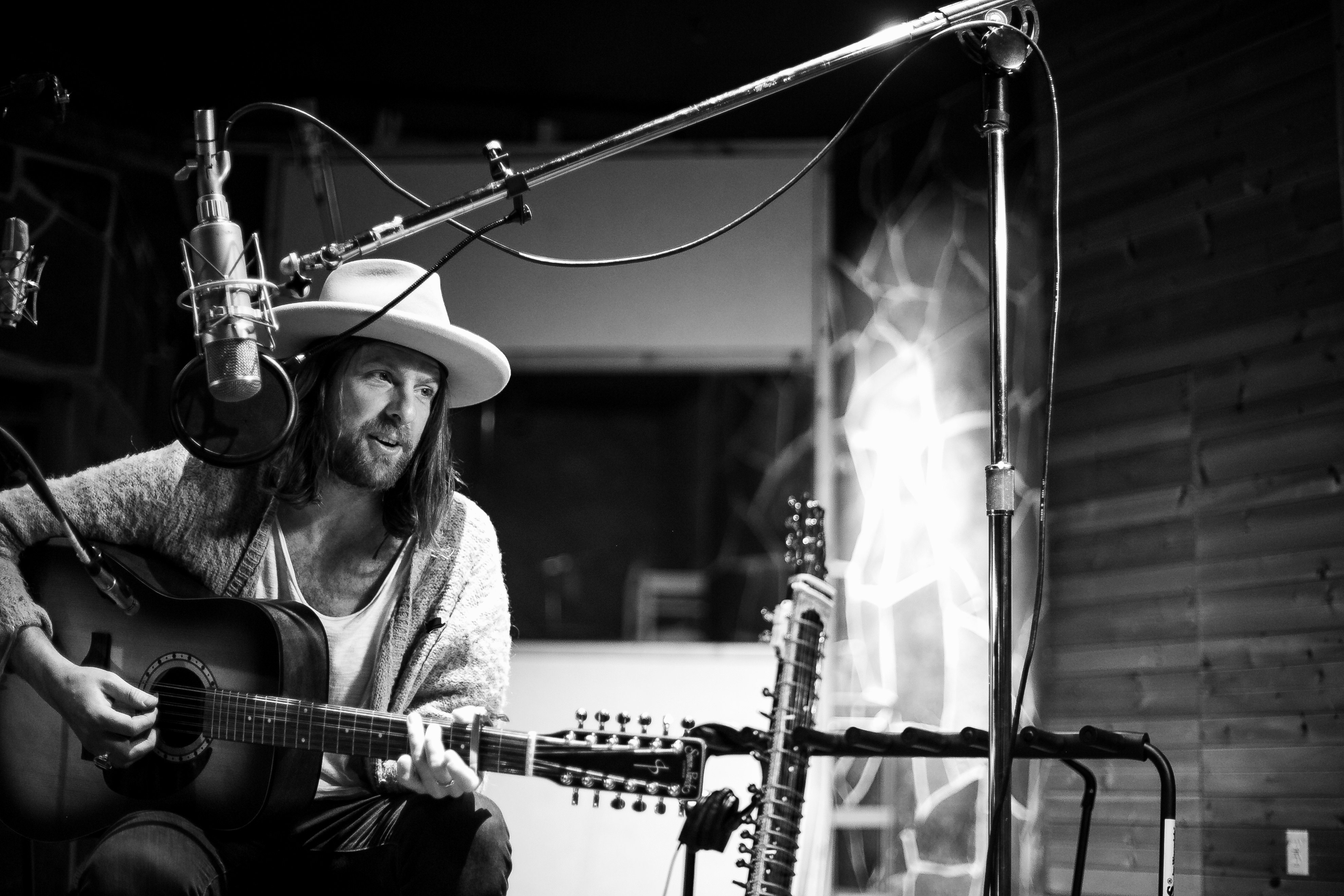 Matt Mays Lays It Bare With  Station Out of Range  (premiere)