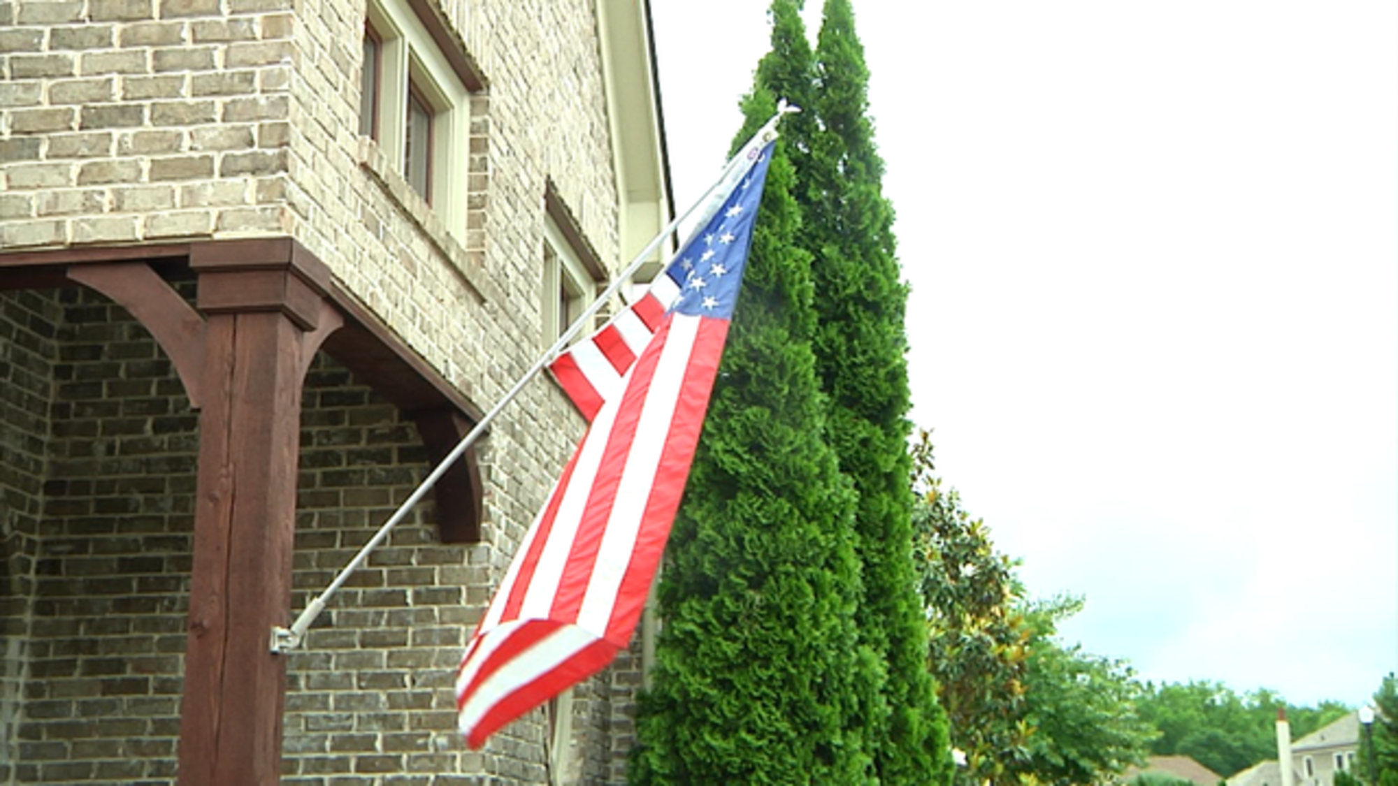 Vet Suing Homeowner Association Over Right To Fly American Flag