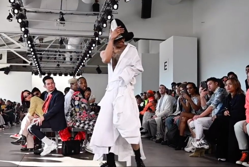 f6c1c9466d76a No Esso clothing line modeled during New York Fashion Week 2019.Image  source: Pierre Davis YouTube video screenshot
