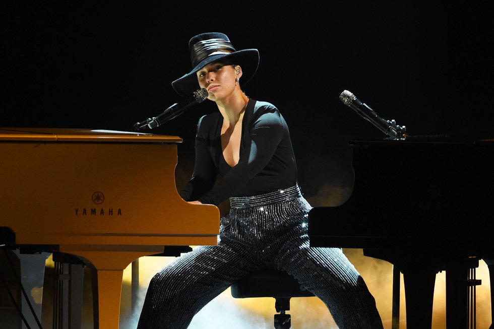 Alicia Keyes Grammy Performance