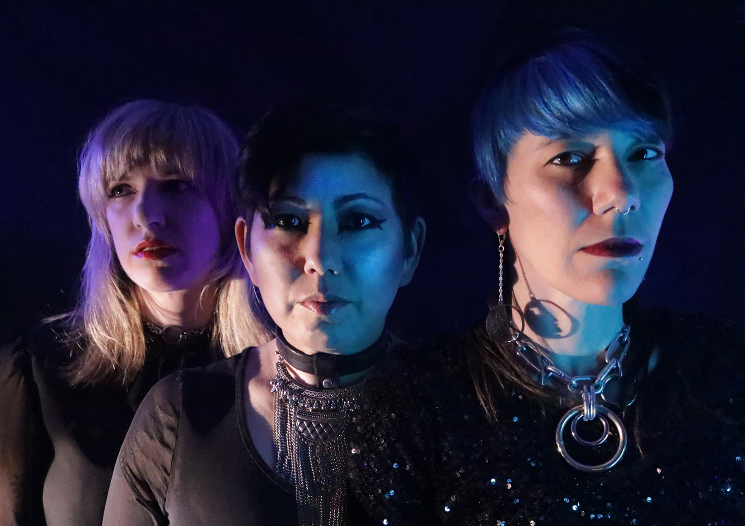 Oakland Punk Trio Ötzi Toys With Superstitions Via  Charms  (premiere)