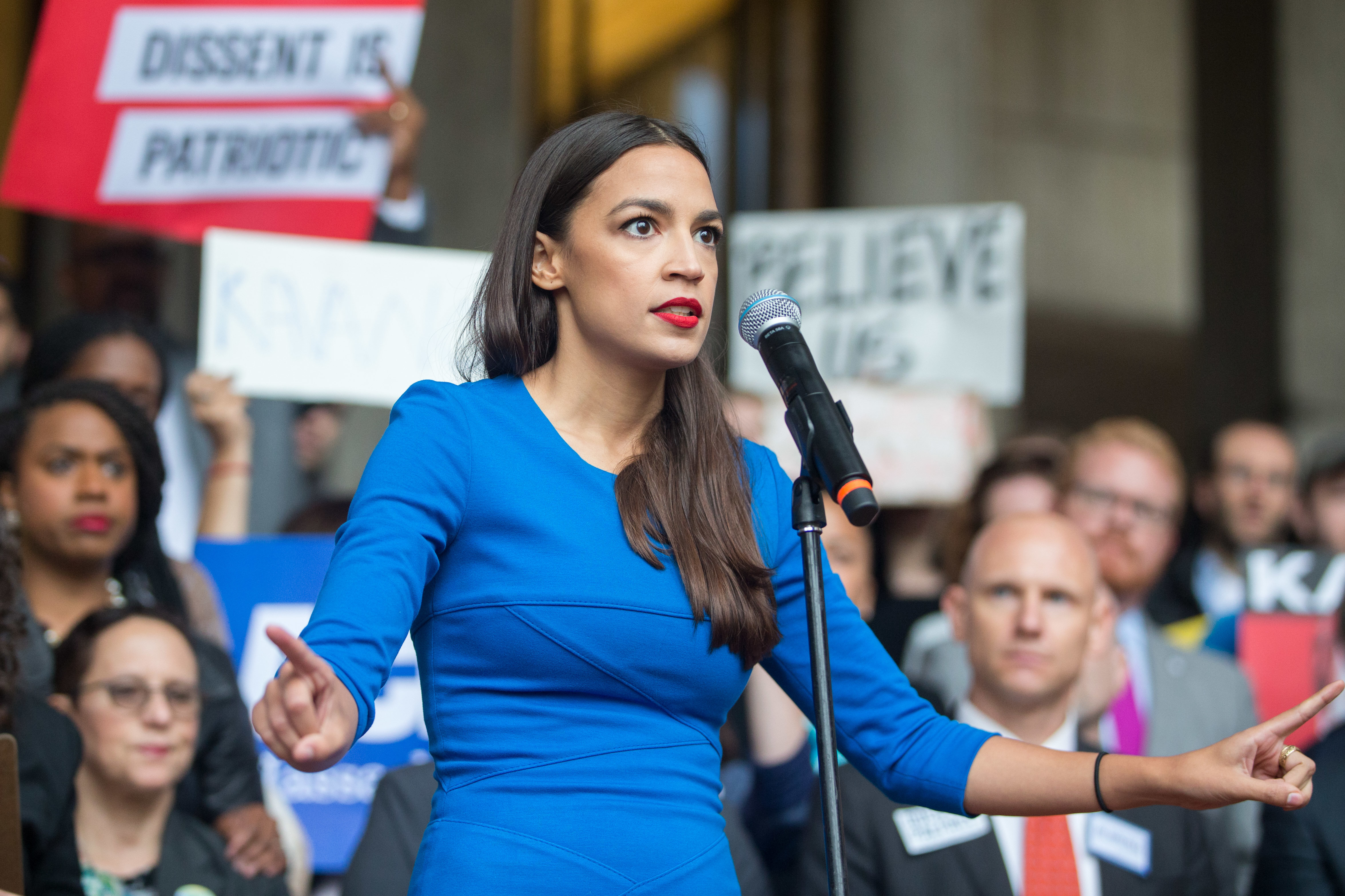 Alexandria Ocasio-Cortez accused of ethics violation after Twitter user makes unusual discovery