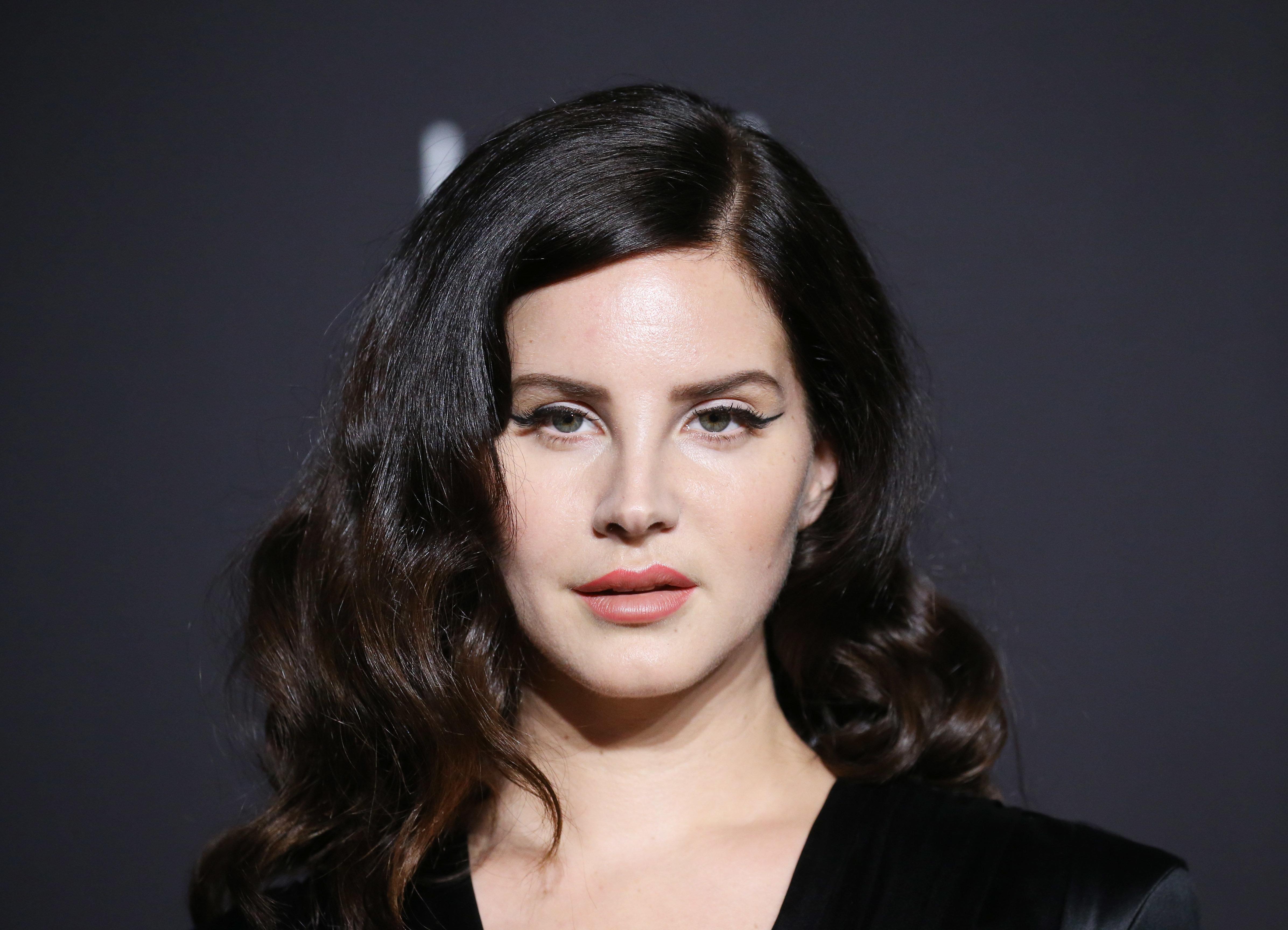 Lana Violet