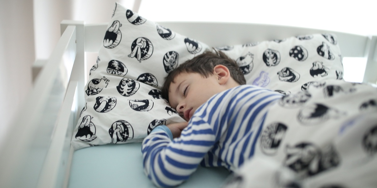 Irregular bedtimes have a huge impact on kid's behavior + development, says study ​