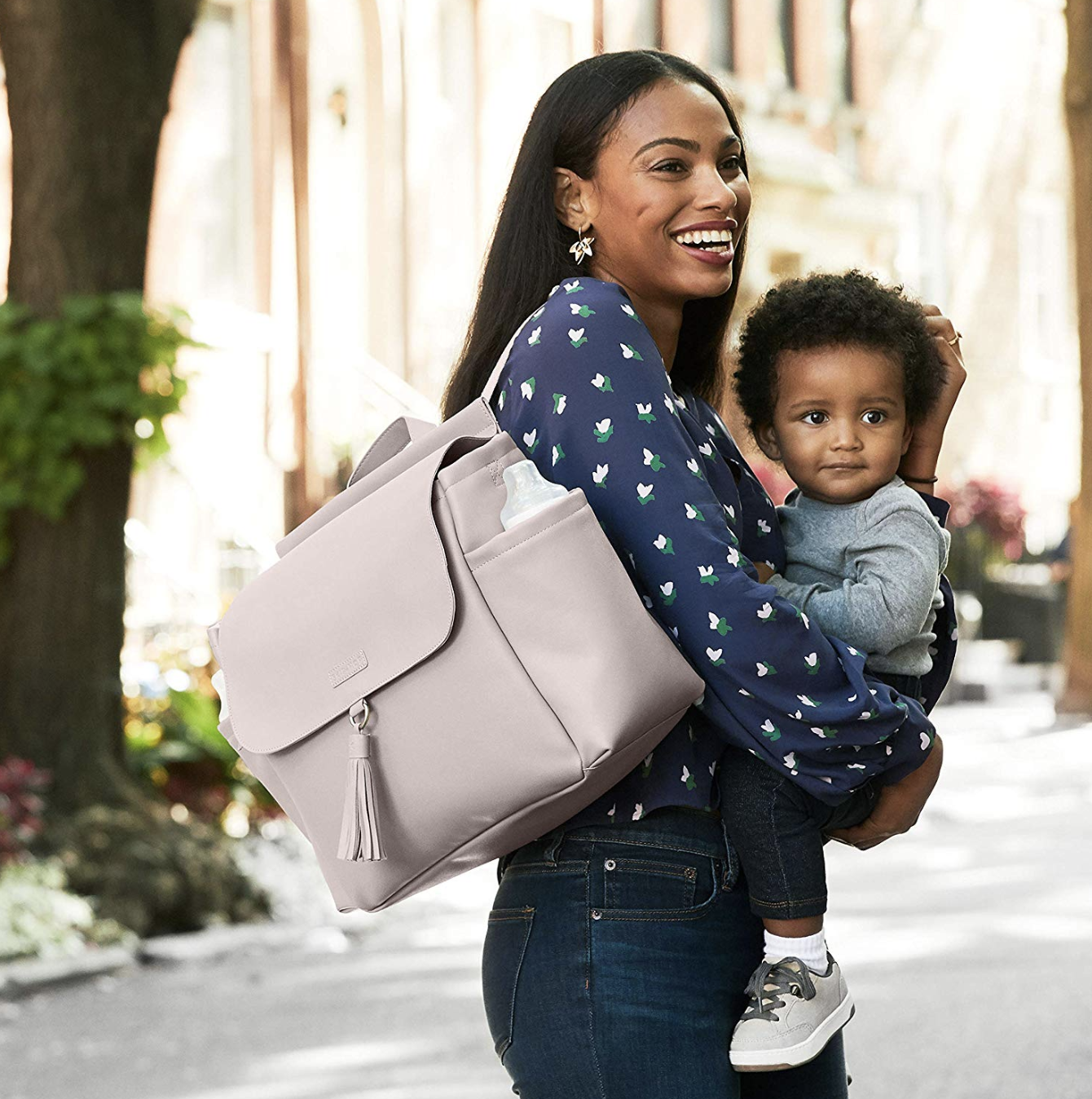 94bc70ff589 15 stylish diaper bags that don't look like diaper bags - Motherly