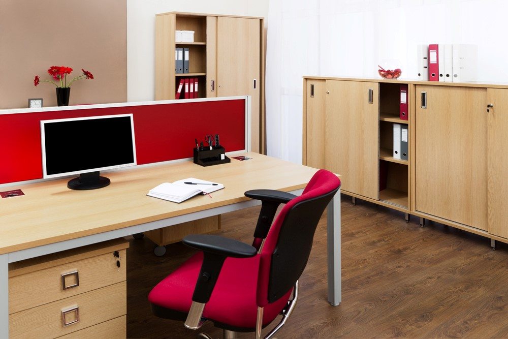 want to decorate your home office find out how bored.htm the employee s guide to office d  cor done right work it daily  the employee s guide to office d  cor