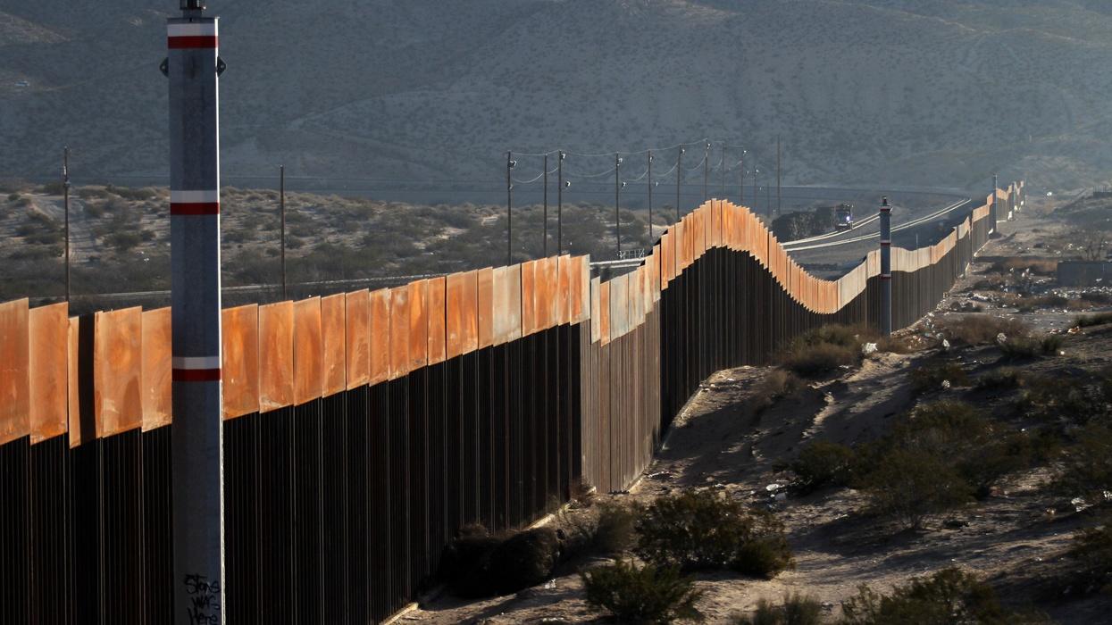 Pentagon announces it has reallocated $1 billion to begin building new border fencing