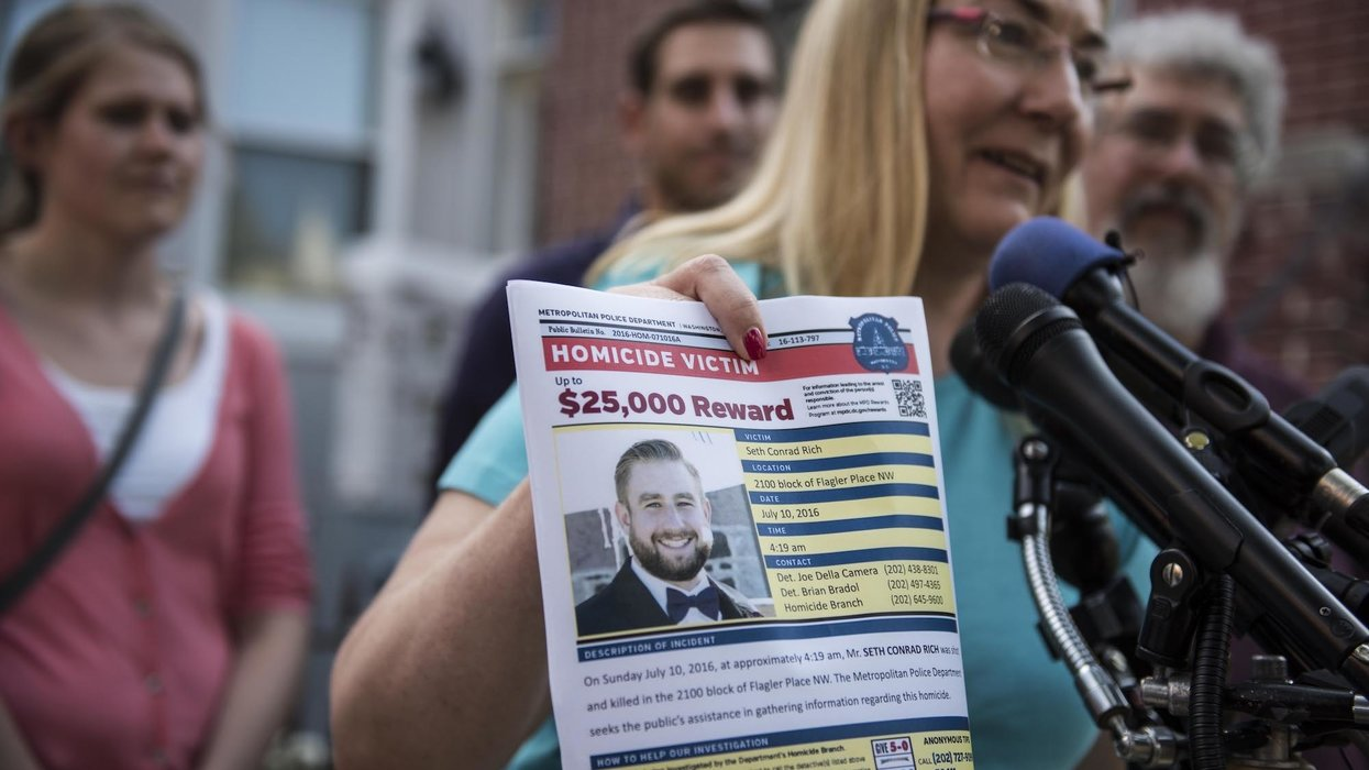 Here's what the Mueller report said about the Seth Rich conspiracy — and how WikiLeaks is involved