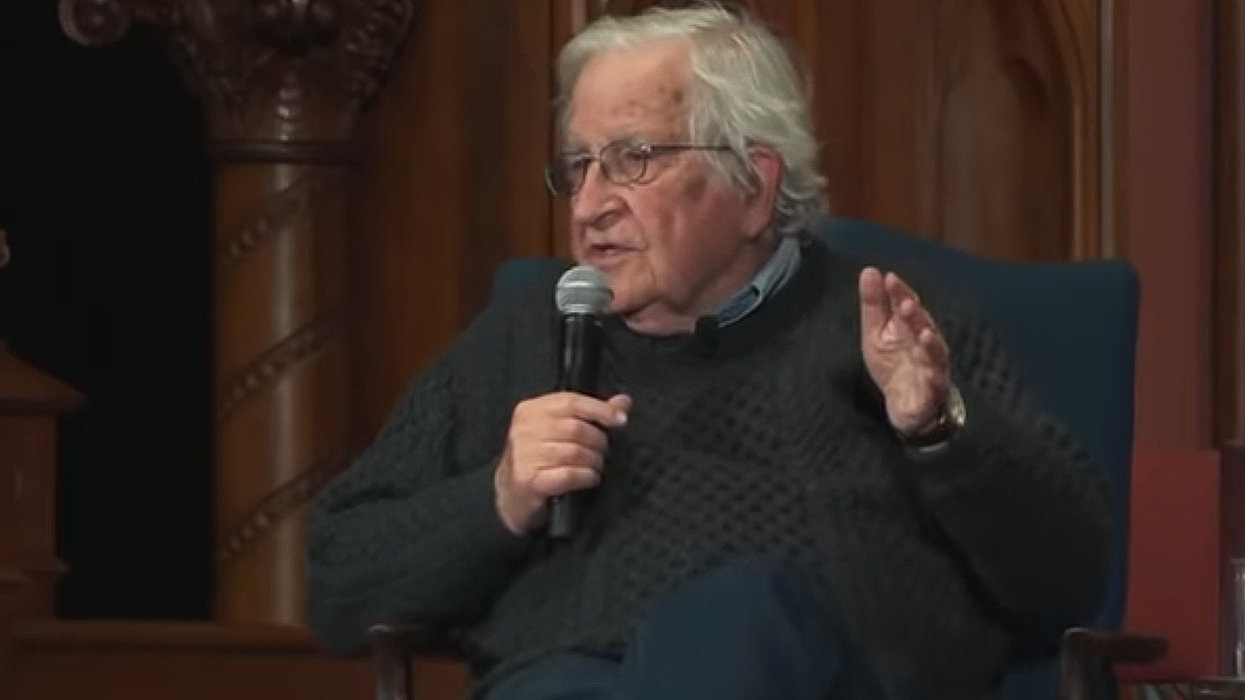 Noam Chomsky says Democrat focus on Russia a 'huge gift' to Trump that may hand him 2020