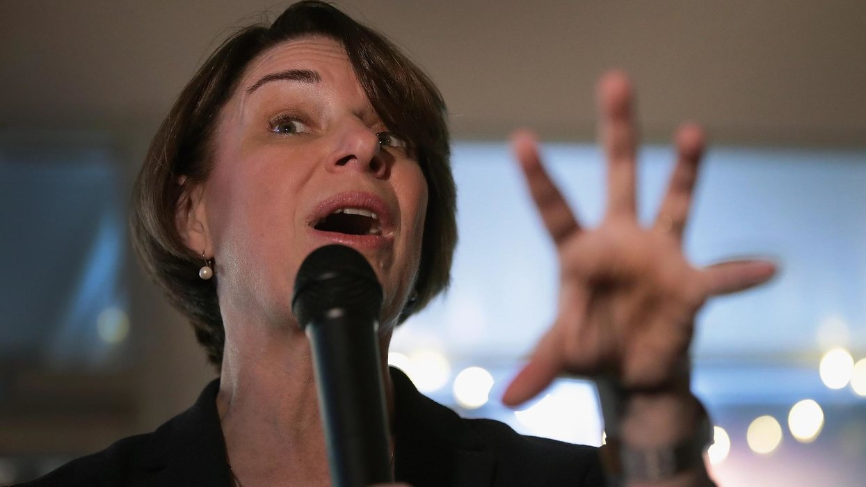 Democratic presidential candidate Amy Klobuchar has an embarrassing 'please clap' moment at CNN town hall
