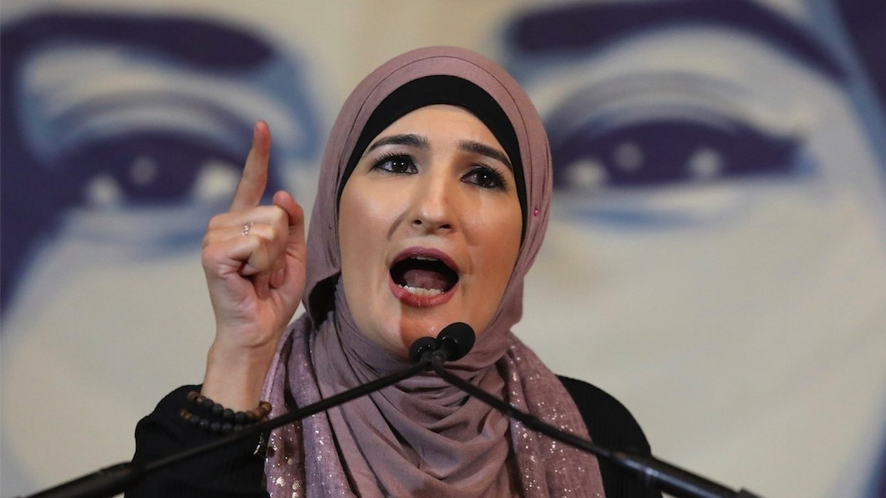 Sharia law fan Linda Sarsour to sit on college panel about Palestinian rights; Jewish students sue to block 'anti-Semitic' 'hate fest'