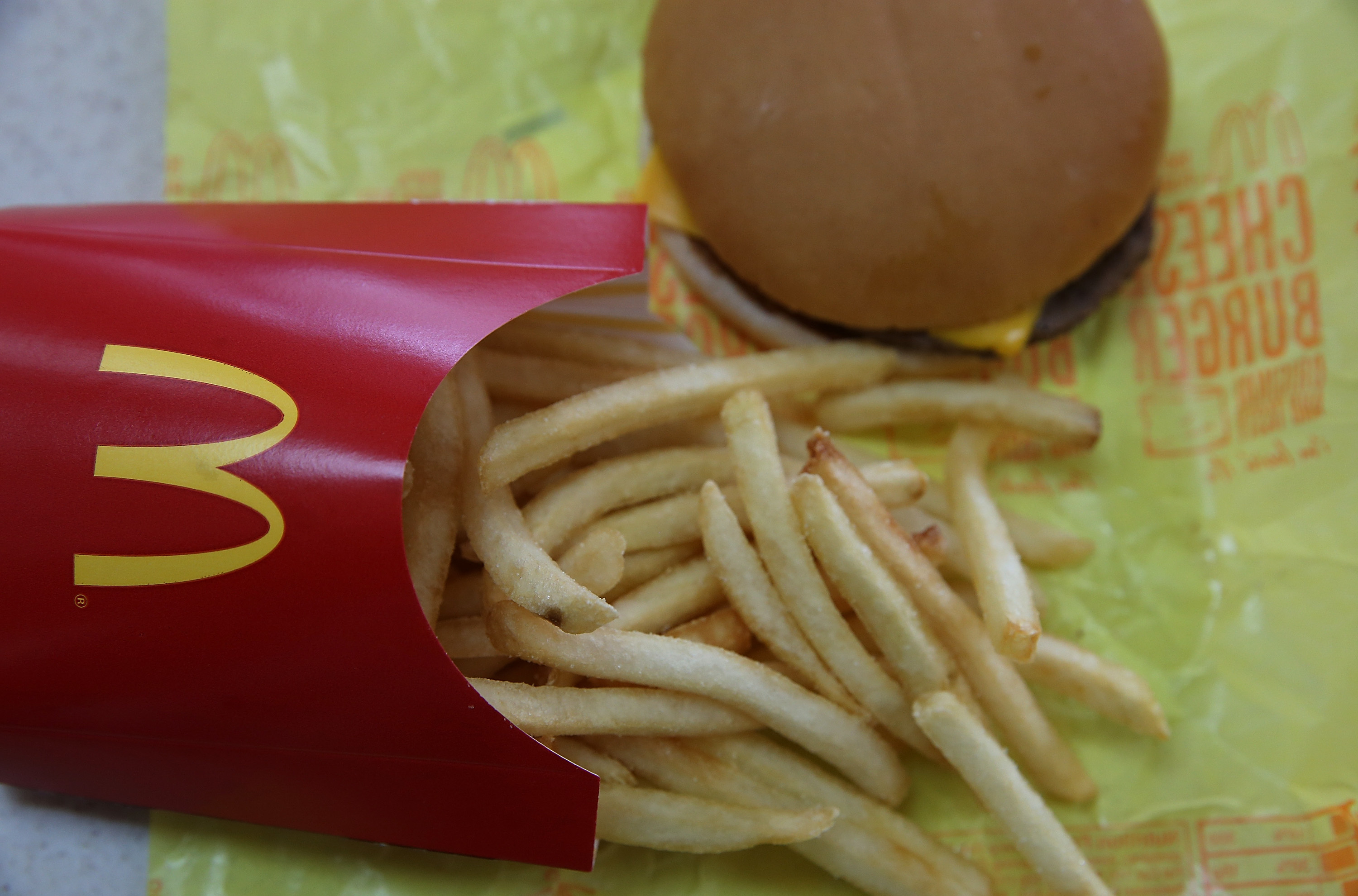 Behold, firm evidence — at last — that ultra-processed food causes weight gain