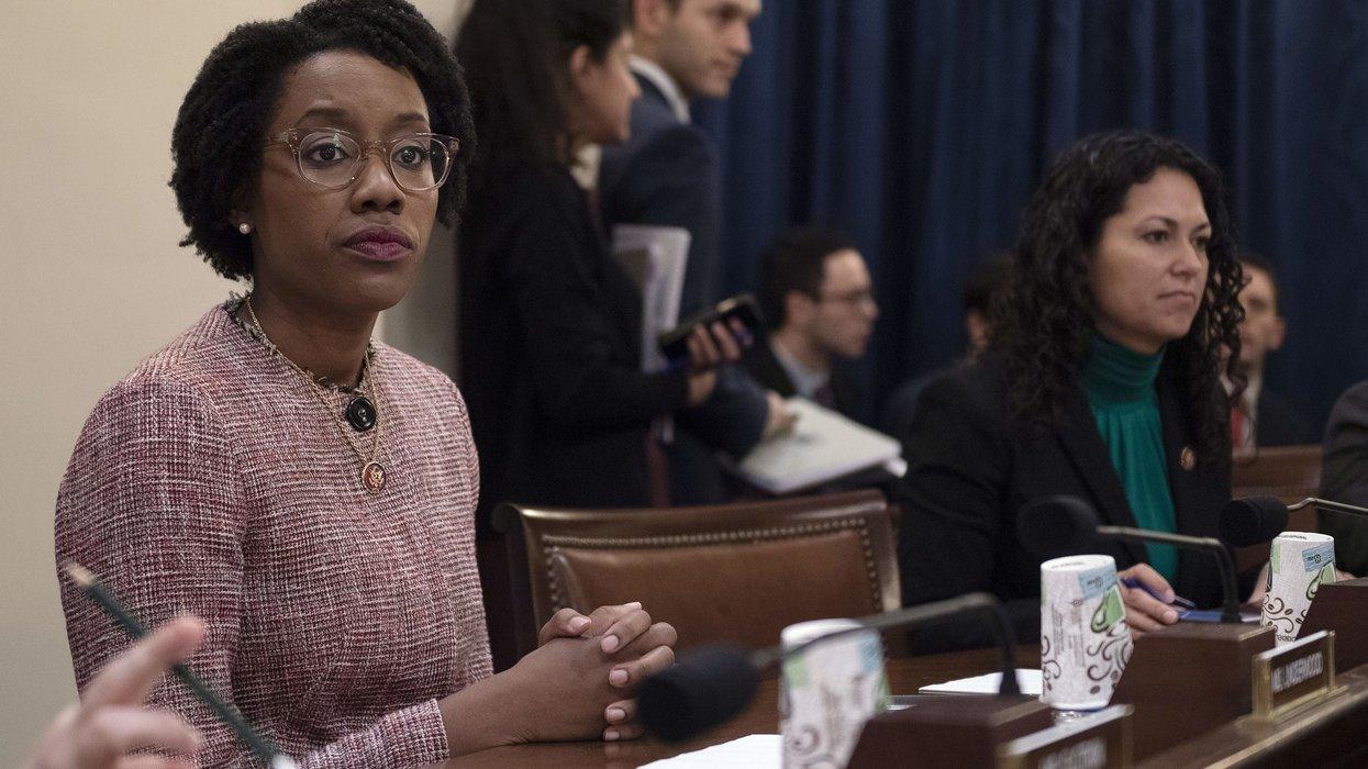 Dem. congresswoman accuses DHS secretary of intentionally killing immigrant children