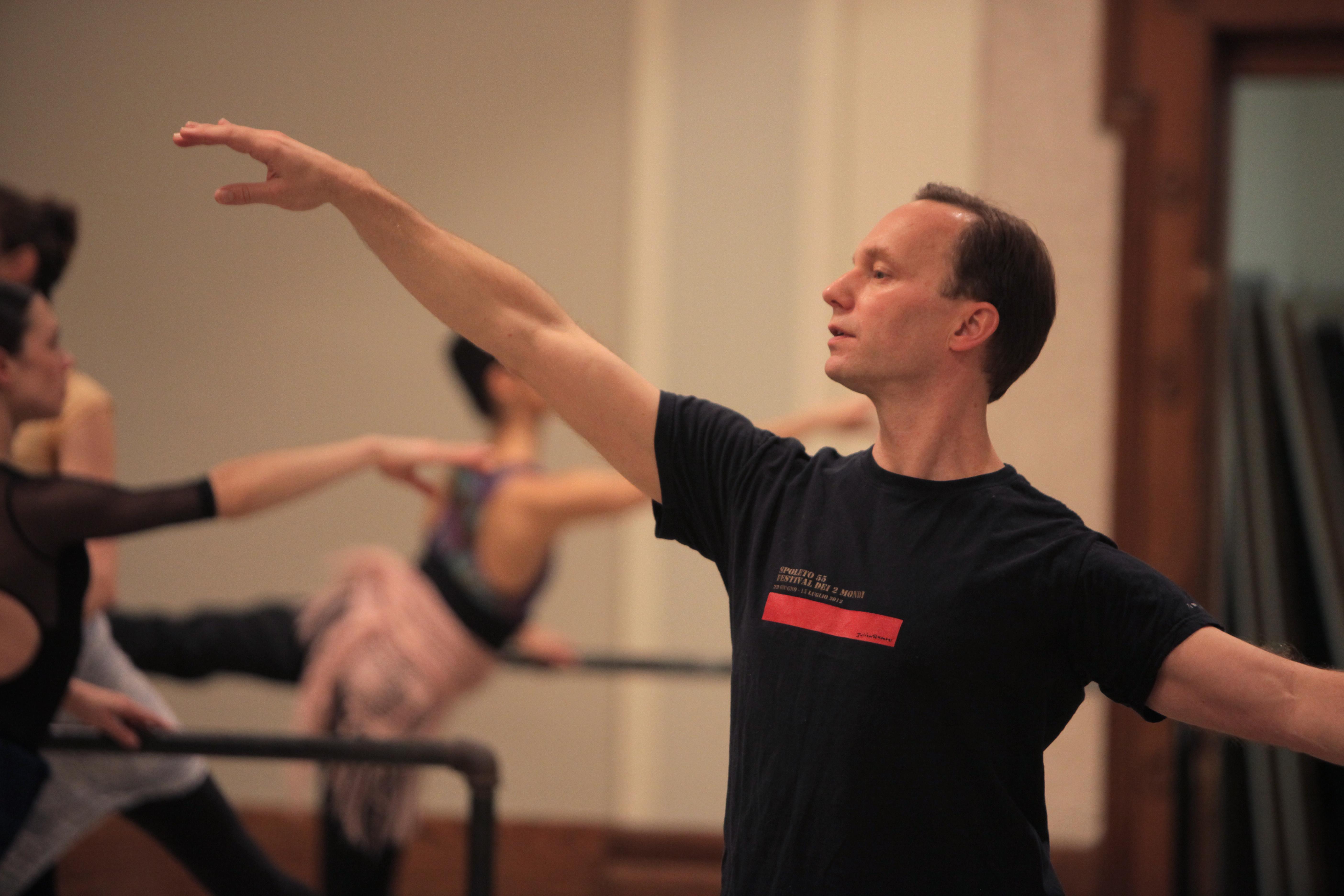 Peter Boal's Top Tips for Pirouettes en Dedans in Arabesque