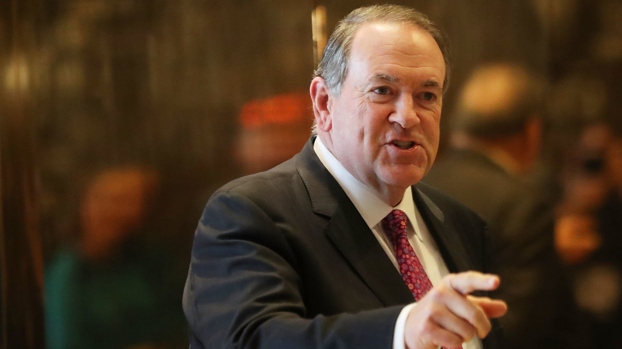 Mike Huckabee has scathing response after David Axelrod takes aim at Sarah Huckabee Sanders
