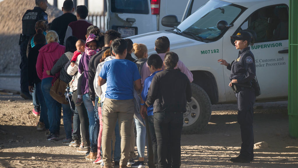 Texas Dem mayor loses it over border crisis, calls for federal government to take immediate action
