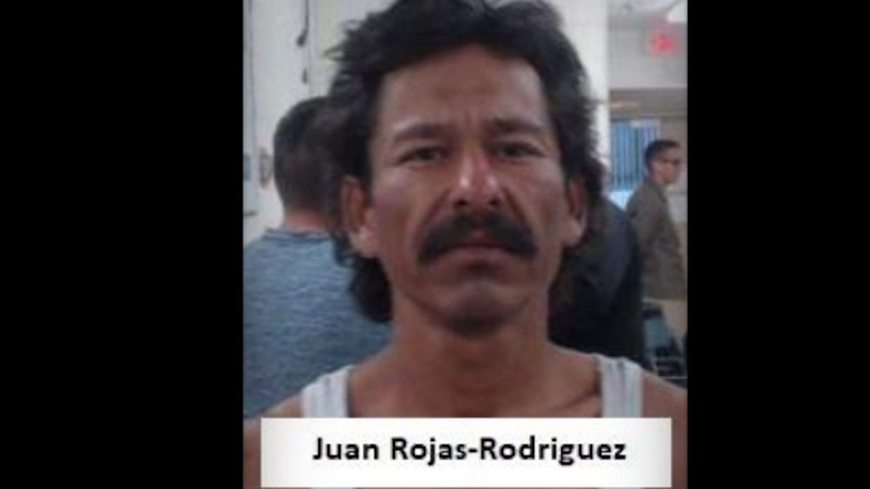 Previously deported child molester illegally reenters US — and Border Patrol arrests him. Agents also nabbed a sex offender.