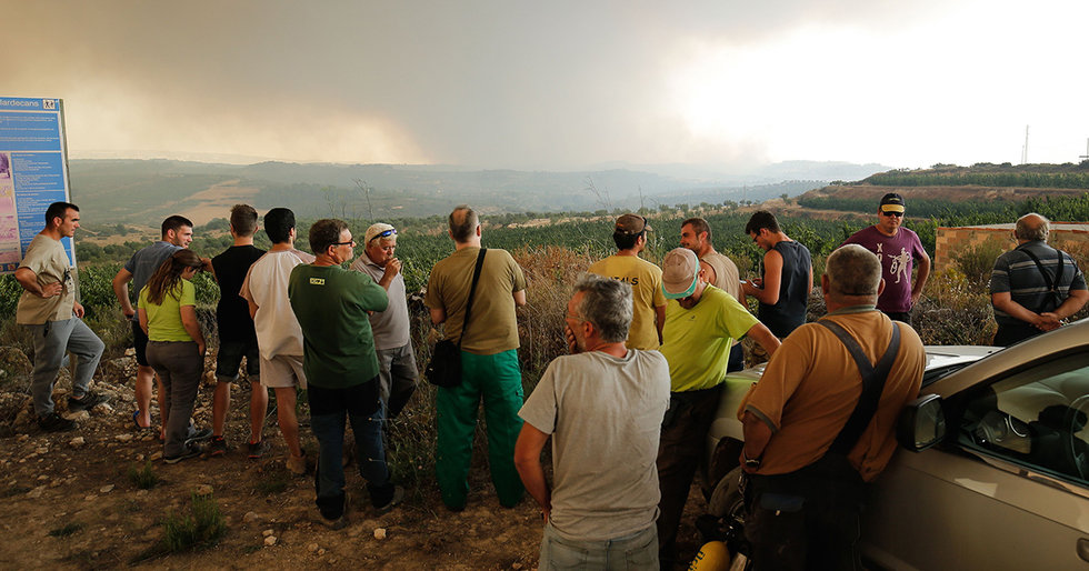 Spain Battles Largest Wildfire in 20 Years as Europe Sizzles in Deadly Heat Wave