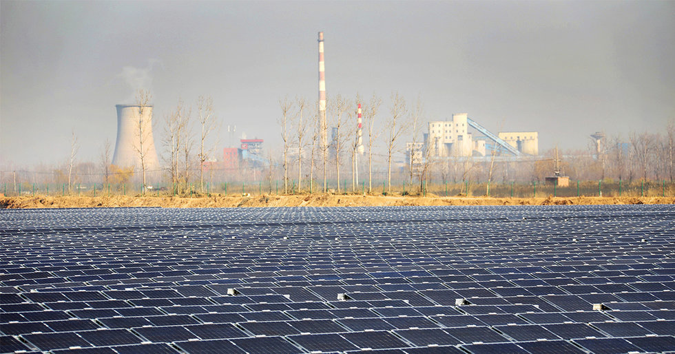 China's Deadly Air Pollution Is Also Costing Billions in Solar Efficiency