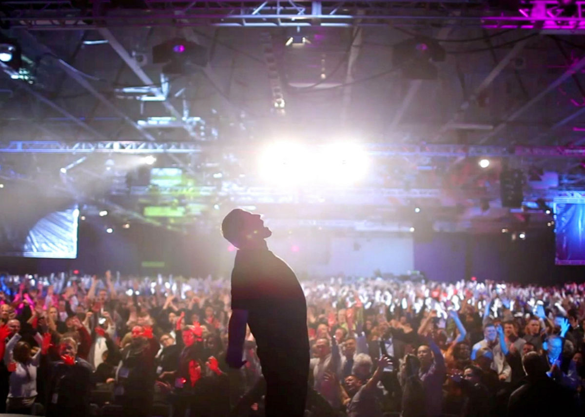 Tony Robbins Probably Won't Be Your Guru - GOOD