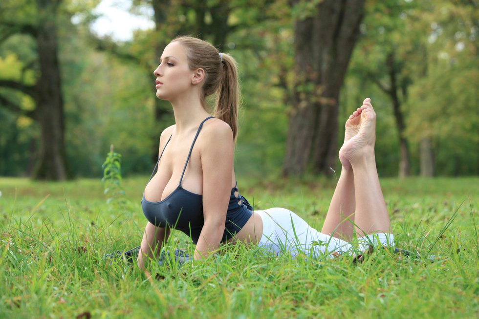 10 Successful Yoga Postures To Get Rid Of Belly Fat