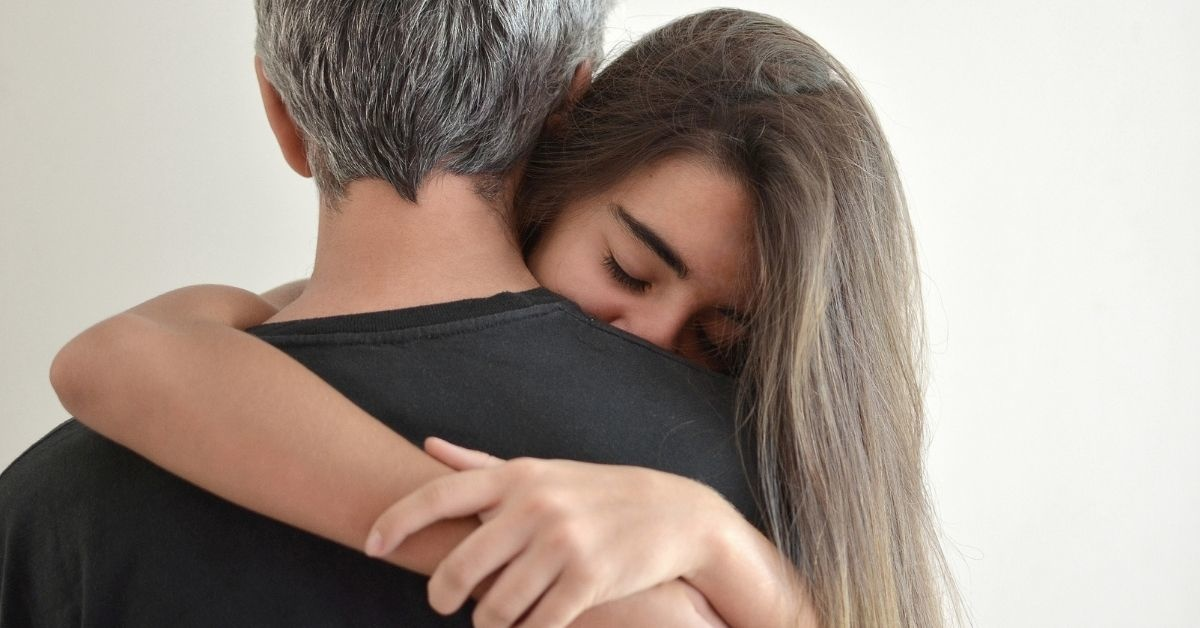 Dad Goes Off On Wife And In-Laws After They Tell Him To Stop Cuddling His Teenage Daughter