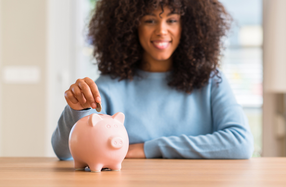 #BudgetBae: 4 Tips On Building Your Wealth From A Financial Pro