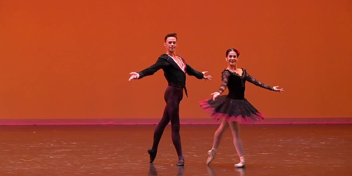 10 Times Our Fave Ballet Dancers Made Turning Actually Look Easy