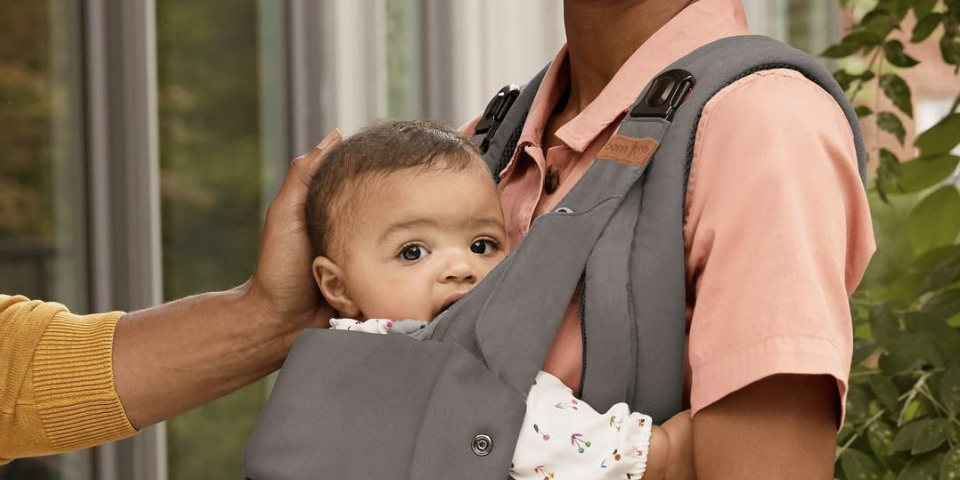 Deal alert: This born free baby carrier is less than $40 on Amazon right now 🙌