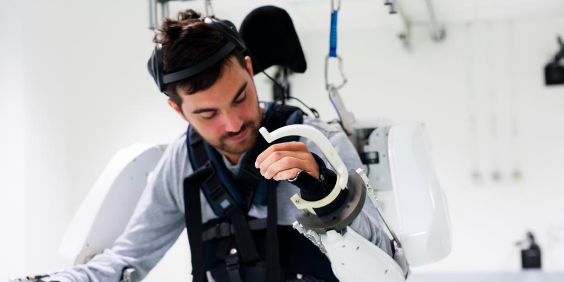 Tetraplegic Man Able To Walk Using Robotic 'Exoskeleton' Controlled By His Mind