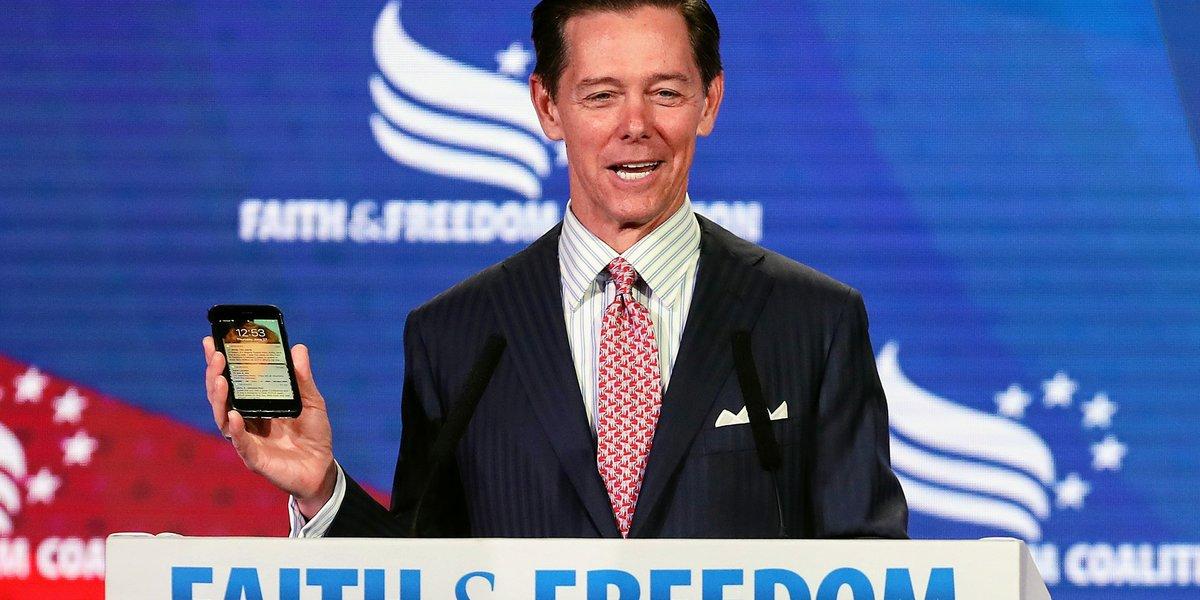 Christian Leader Claims Evangelicals 'Have A Moral Obligation' To Vote For Trump