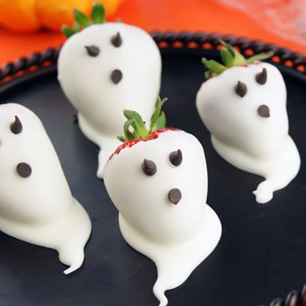 Easy Halloween Snacks.23 Last Minute And Easy Halloween Party Snacks Brit Co