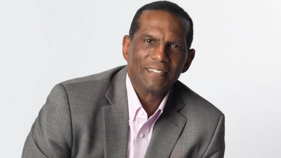Partner Content - EXCLUSIVE INTERVIEW: Super Bowl champ Burgess Owens announces run for Co...