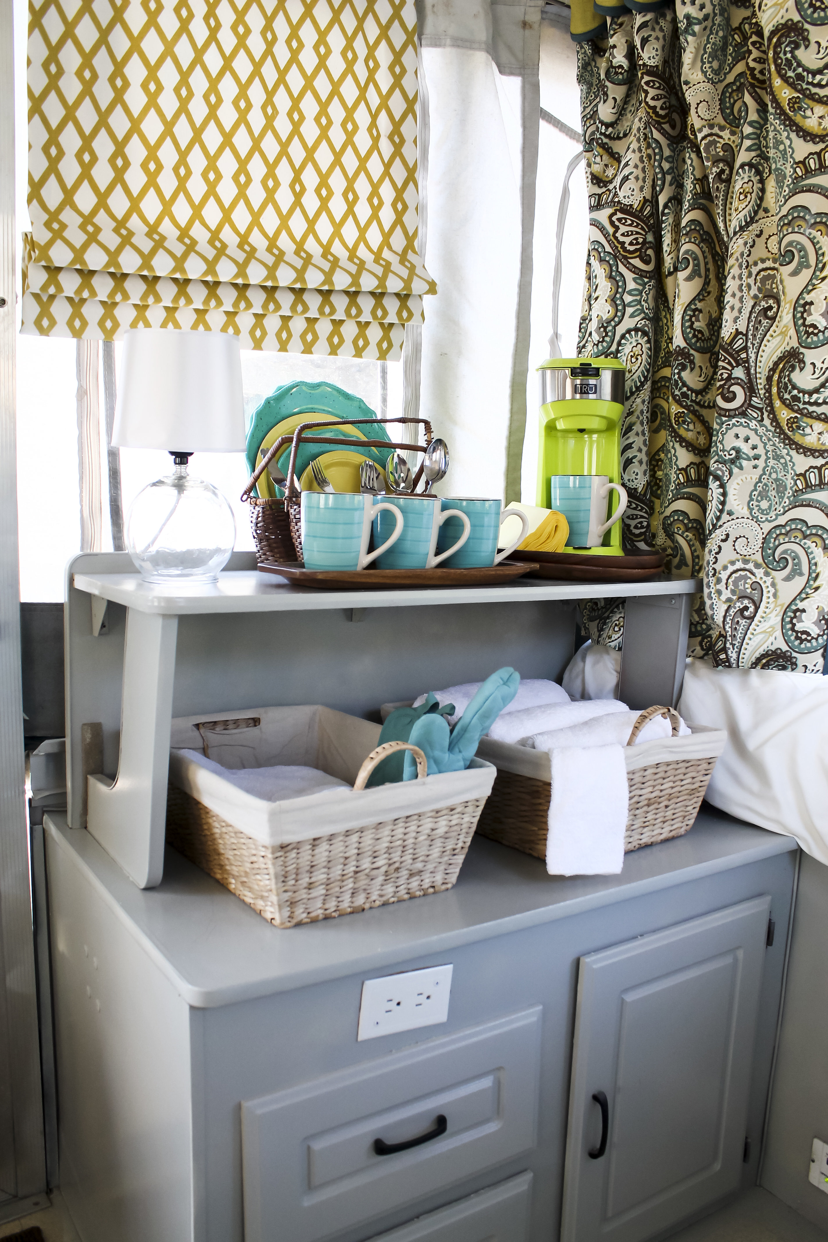 How To Make Workable Roman Shades Using Magnets B C Guides