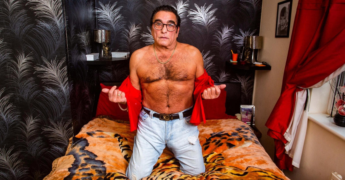 Grandfather Becomes Unlikely Sex Symbol After Posting Topless Photos In Attempt Sell His 'Too Tight' Jeans