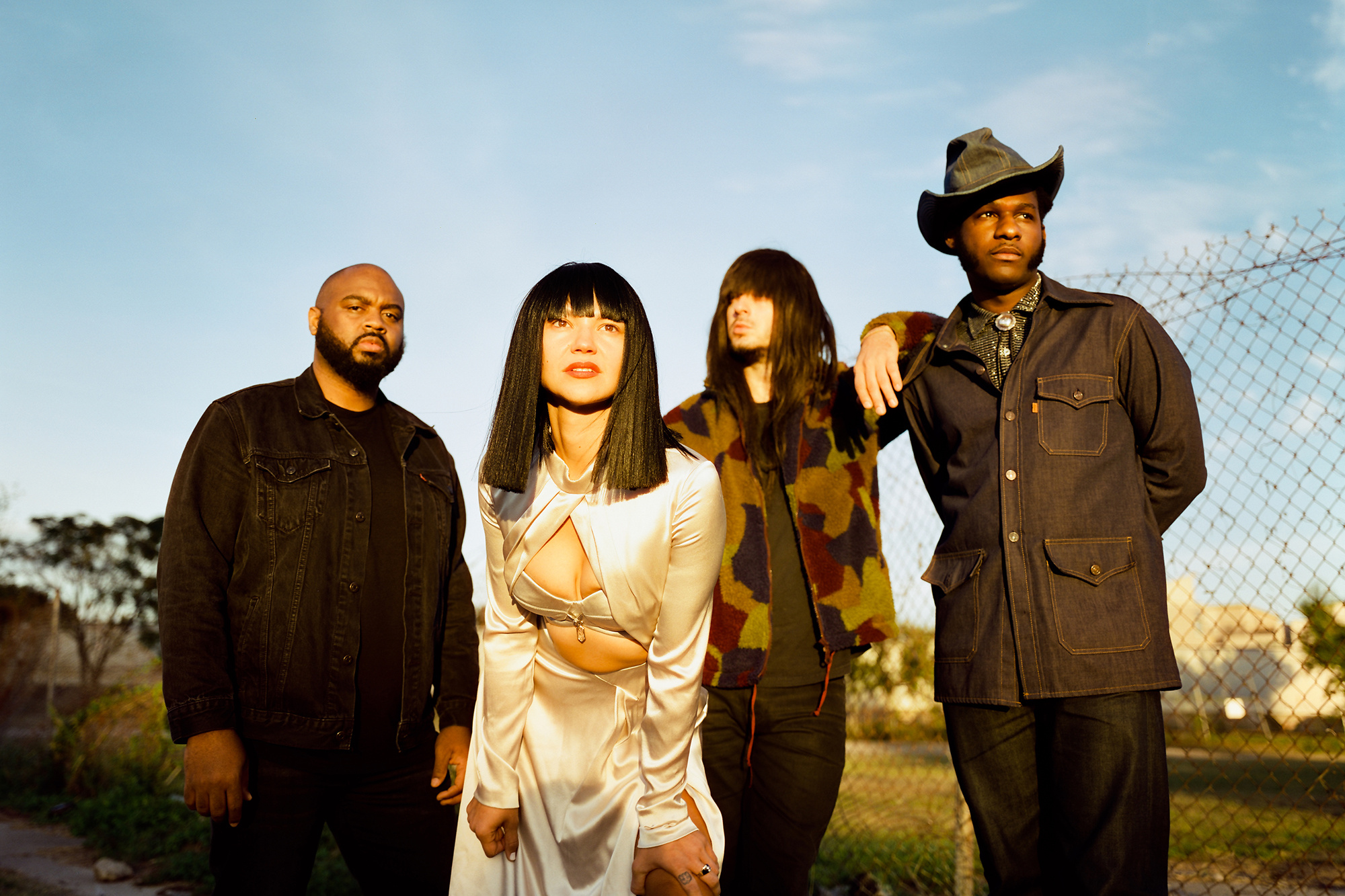 Leon Bridges and Khruangbin Imbue Texas with Some Fresh Air