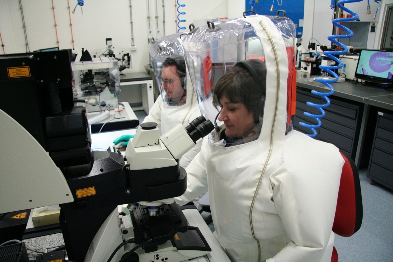 Coronavirus: Moderna annuncia il vaccino. Ma ci vorranno mes