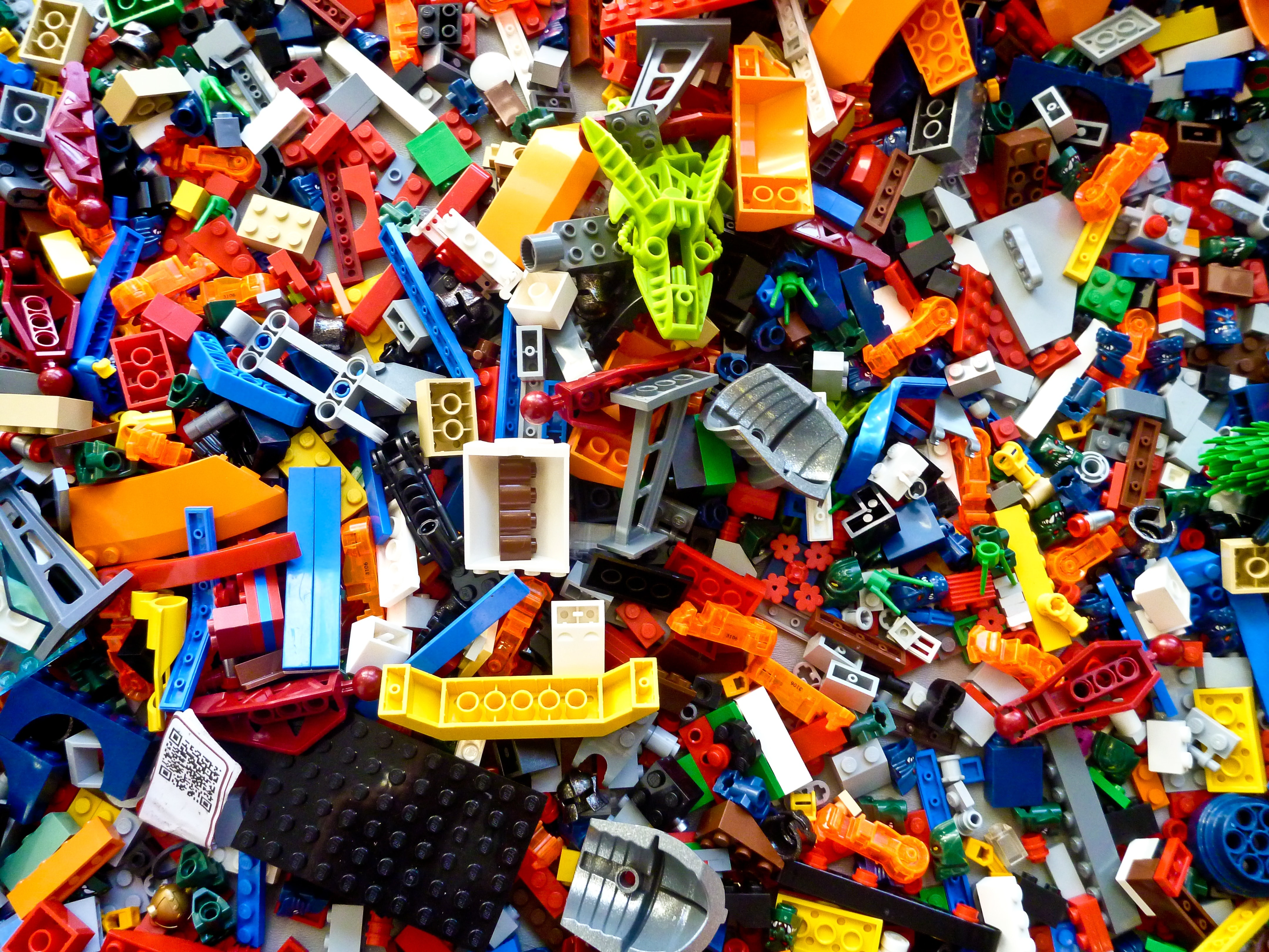 1,000 years from now, lego bricks could be found in the ocean