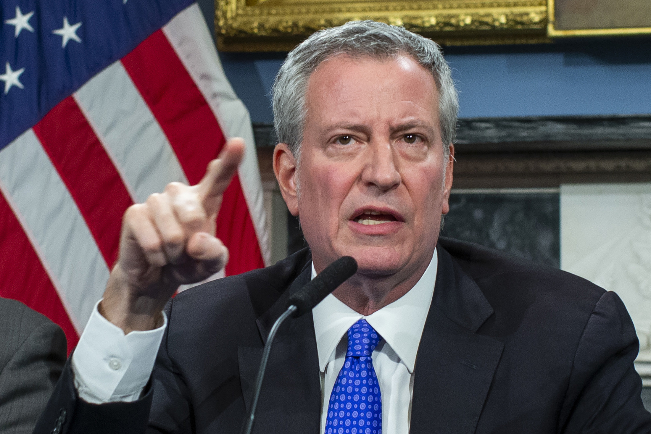 NYC Mayor Bill de Blasio threatens to permanently shut down churches, synagogues if they don't comply with gov't order