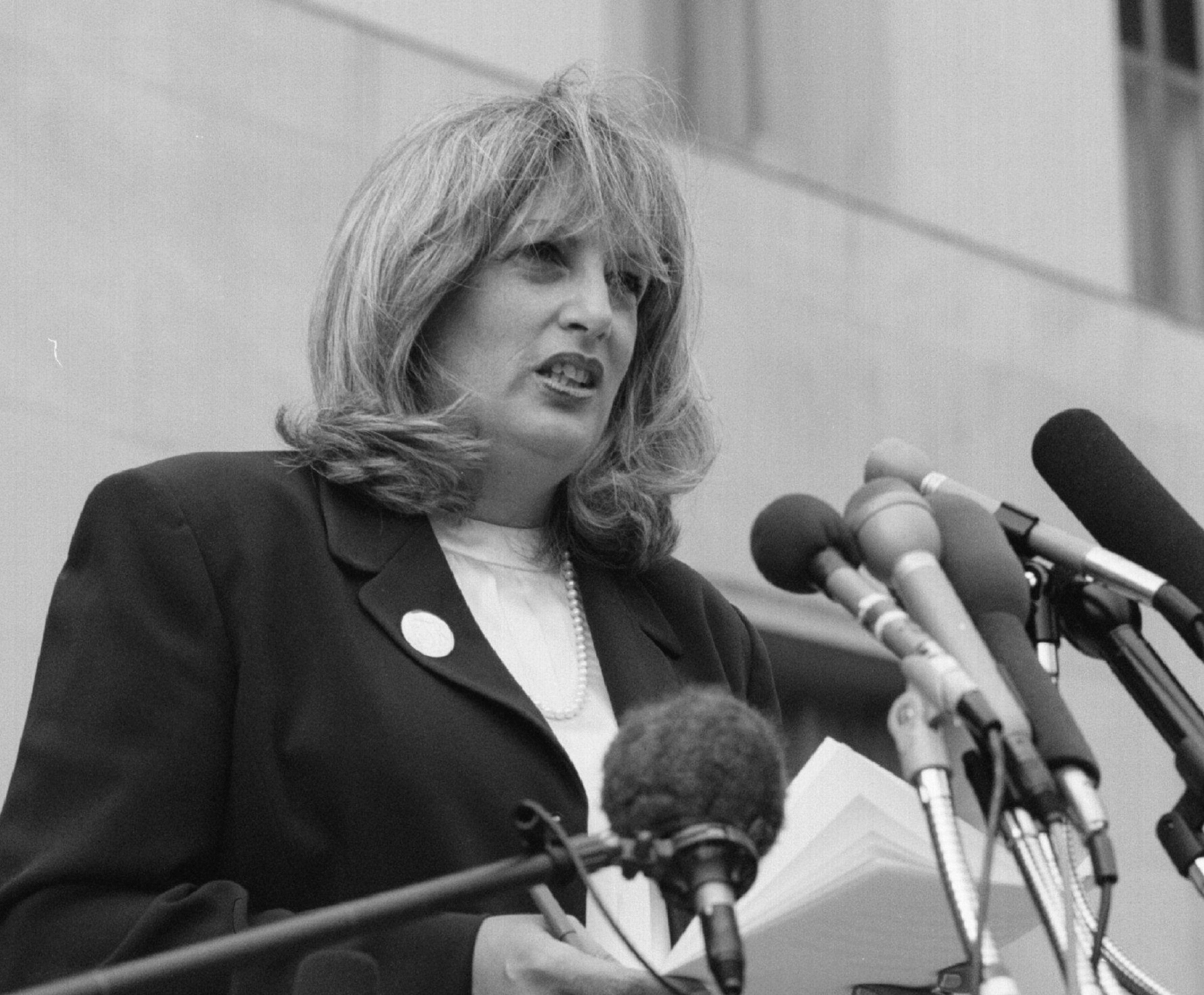 Linda Tripp, whistleblower in the Clinton impeachment, dies at 70