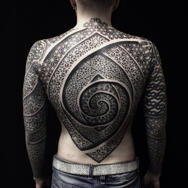 this tattoo artist 39 s incredibly detailed sacred geometry