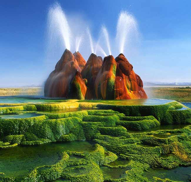 1 Fly Geyser In Nevada
