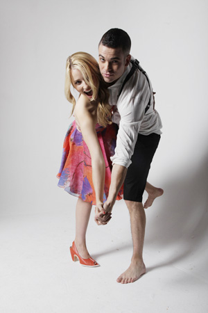 Extra Extra! More With Glee's Dianna Agron and Mark ...