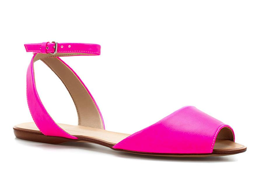 9b53e450db2851 5 Under  50  Hot Pink Sandals   Polka-Dotted Pens - PAPER