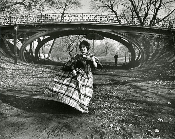 12 Amazing Vintage Photos From Bill Cunningham's New Art Show