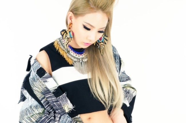 south korean superstar cl teams up with diplo riff raff and og maco