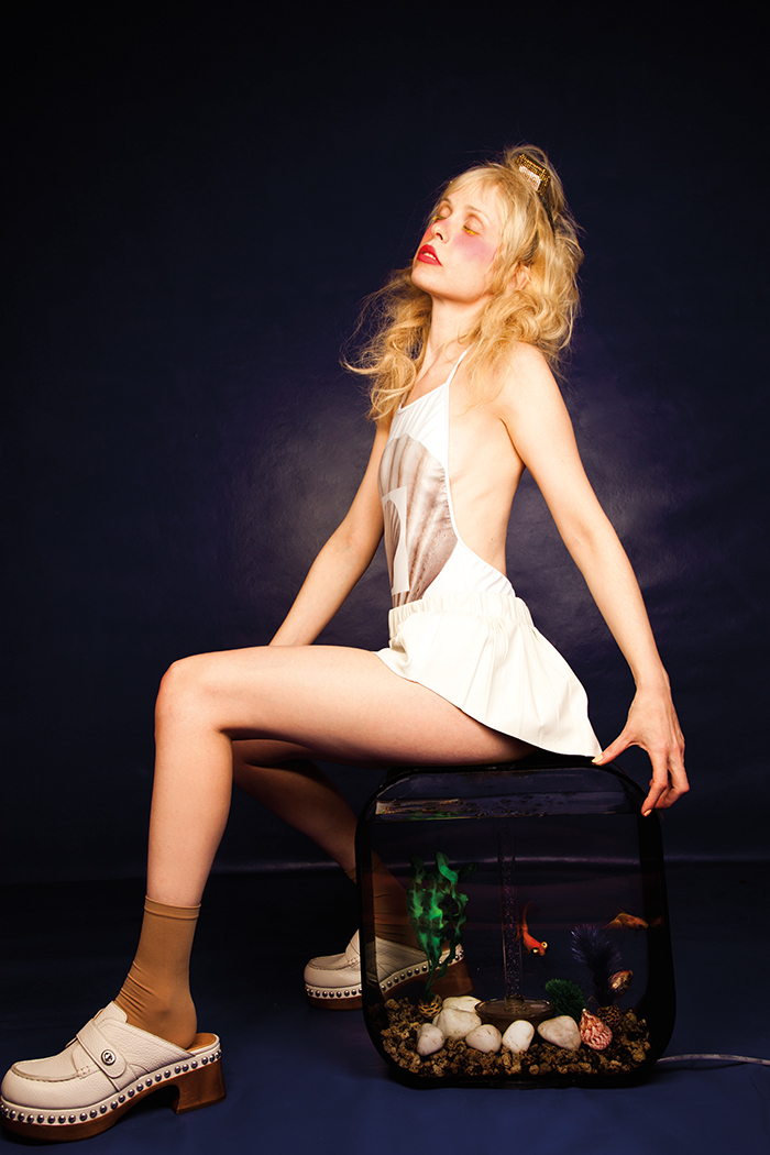 French Singer Petite Meller Is Winning Over the Music and ...